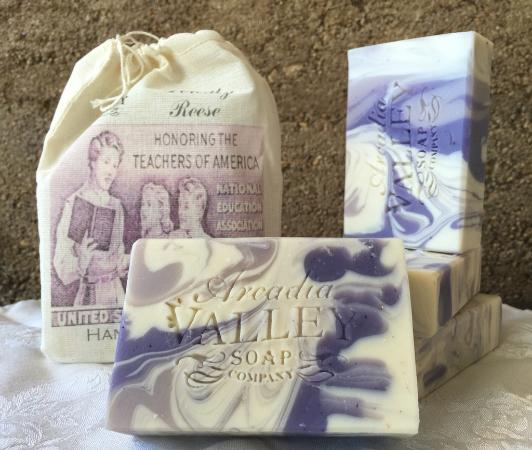 Ironton, MO: Lavender Shea Butter Dorothy Reese Soap
