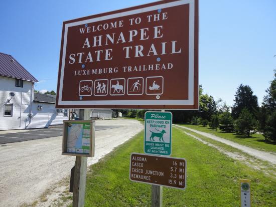 Algoma, WI: Luxemburg Trailhead