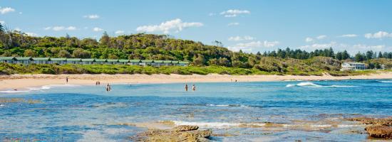 Bateau Bay, Australien: Looking into resort from the ocean