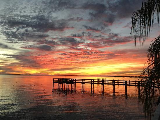 Banana Bay Waterfront Motel: photo0.jpg
