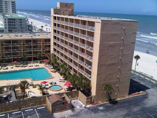 Hilton Garden Inn Daytona Beach Oceanfront View Of The Bermuda House Hotel In