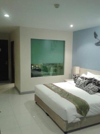 Tamarind Garden Hotel : 20160115_233923_large.jpg