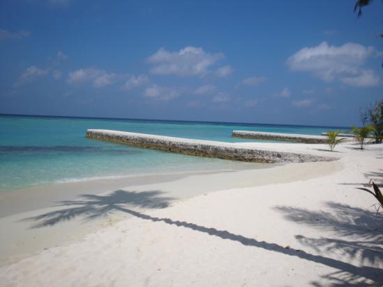 Alimatha Aquatic Resort Photo