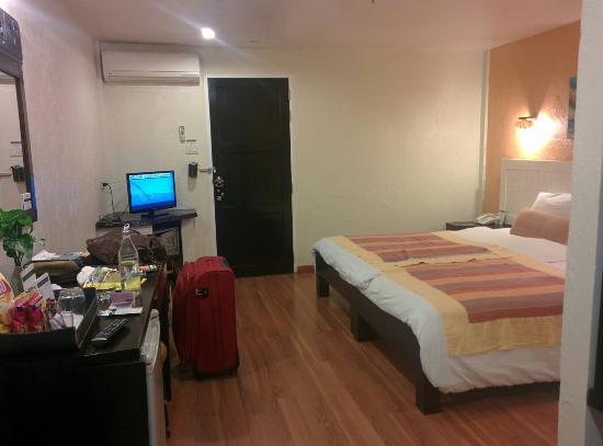 Phra Nang Inn: IMG_20150929_193325_large.jpg