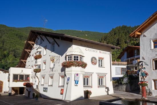 Hotel zum mohren plavina bewertungen fotos burgeis for Hotel burgeis