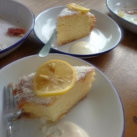 Cambridge, Neuseeland: Coconut Lemon Cake
