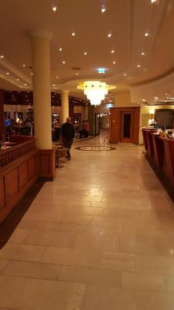 Hotel Edelweiss: 20160117_214155_large.jpg