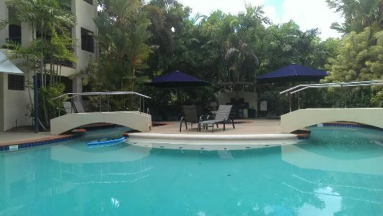 Meridian Port Douglas: The pool from the private sun deck