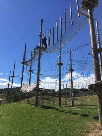 Hoyt og Lavt Aktivitetspark: Aktiviteter for hele familien