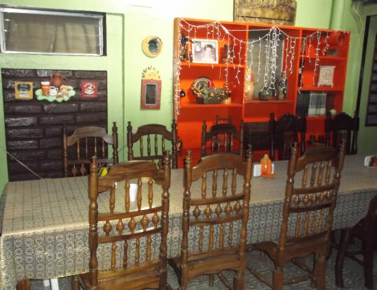 Madera's Inn: Breakfast room