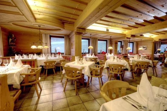 Ski & Bike Wiesenegg Hotel: Restaurantbereich
