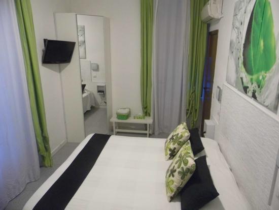 Hotel Birillo: camera matrimoniale