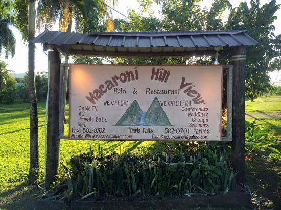 Pomona, Belize: Hotel Sign