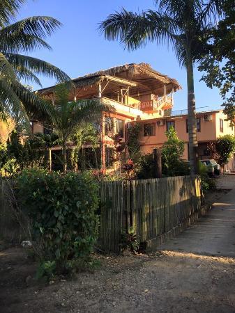 Pomona, Belize: Macaroni View Hotel