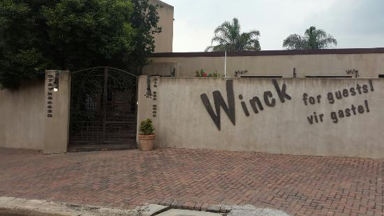 ‪Winck for Guests‬