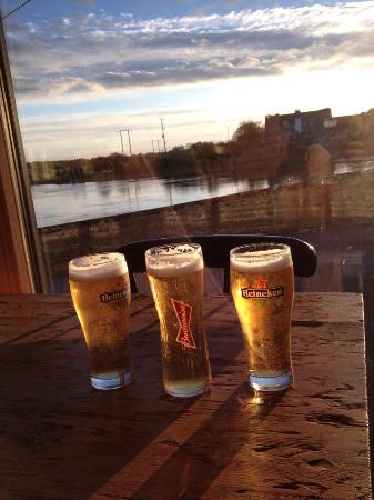 Shannonbridge, ไอร์แลนด์: Smooth beverages