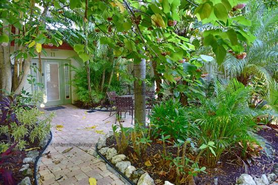 Suite and Patio - Picture of Sunrise Garden Resort, Anna Maria ...