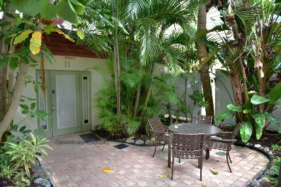 Patio and Suite - Picture of Sunrise Garden Resort, Anna Maria ...
