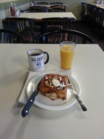 Fergus Falls, MN: Carmel Rolls made fresh daily!