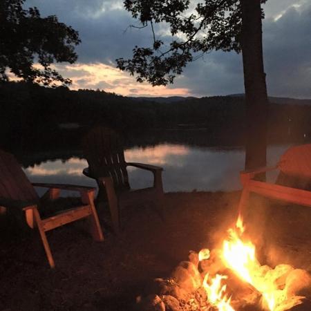 Lake Luzerne, NY: Spectacular Sunsets