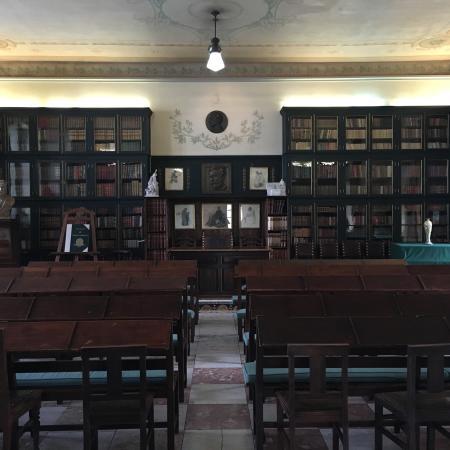 Joao de Deus Museum