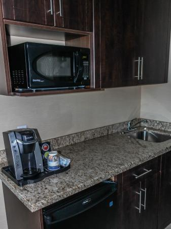 Moosomin, Canadá: Keurig Coffee System in every guest room