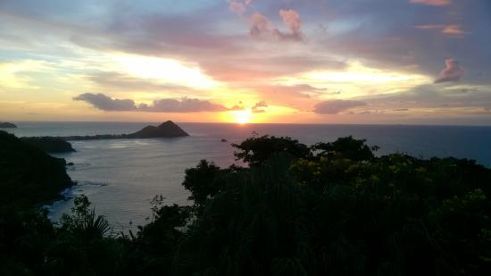 Cap Estate, Sta. Lucía: More watching the sun set