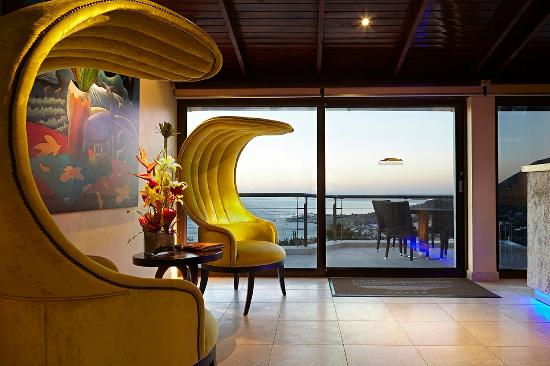 Atlanticview Cape Town Boutique Hotel: Atlanticview Reception with a view