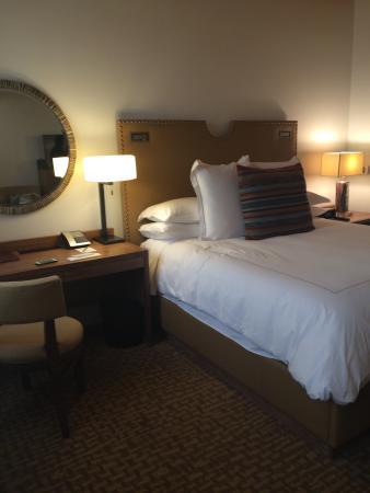 Rosewood Inn of the Anasazi: Superior King Room