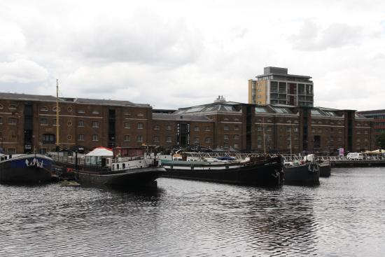 D Exhibition Docklands : London docklands museum on the left picture of
