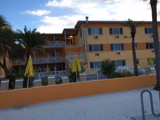 Page Terrace Beachfront Hotel Foto