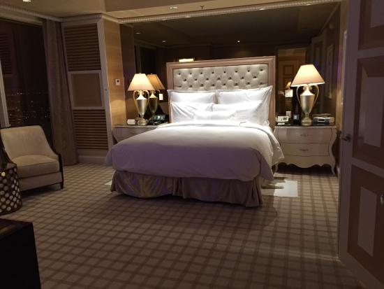 wynn tower salon suite bedroom picture of wynn las vegas las rh tripadvisor in