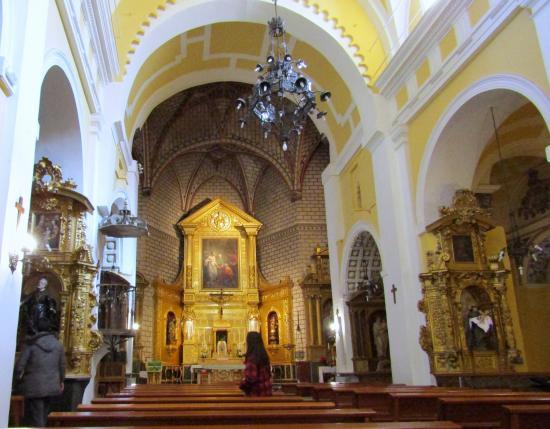 interior da igreja - Picture of Iglesia de Santo Tome ...