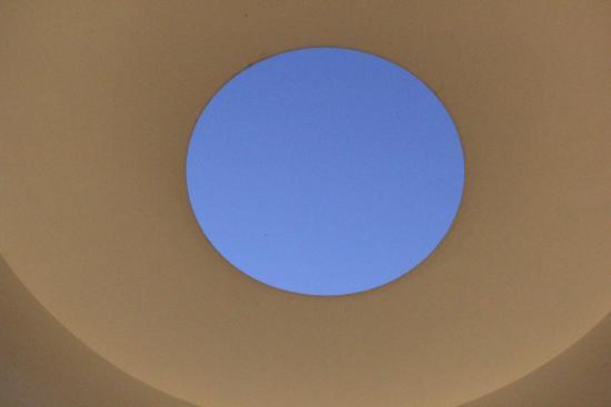 เบนตันวิลล์, อาร์คันซอ: Way of Color Ceiling