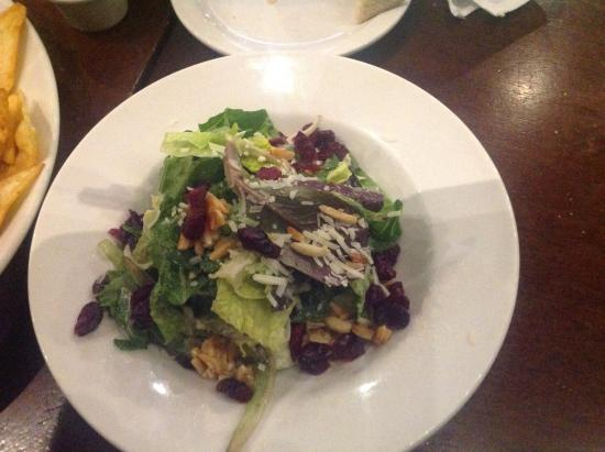 Port Moody, Canadá: Dine out salad