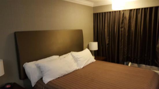 Sandman Hotel Revelstoke: 20160118_181228_large.jpg