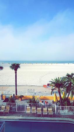 Page Terrace Beachfront Hotel: Snapchat-8813845558266921600_large.jpg