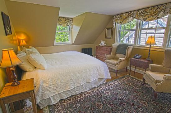 1824 House Inn: The Orleans room is a second floor room with a cozy feeling, but expansive view.