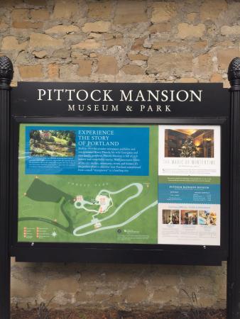 Pittock Mansion: Sign