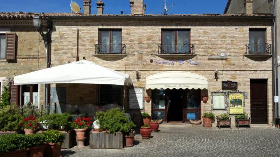 Fiorenzuola di Focara, Italien: Eccoci arrivati