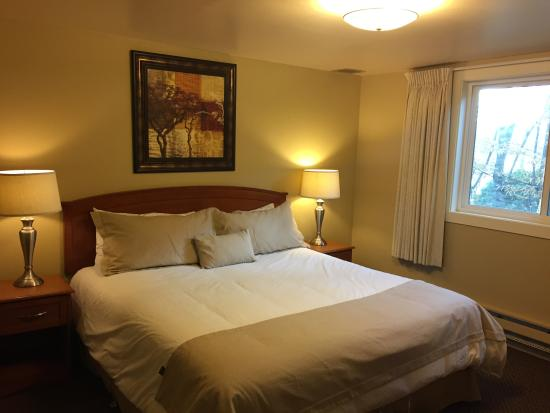 La Residence Suite Hotel: King bed