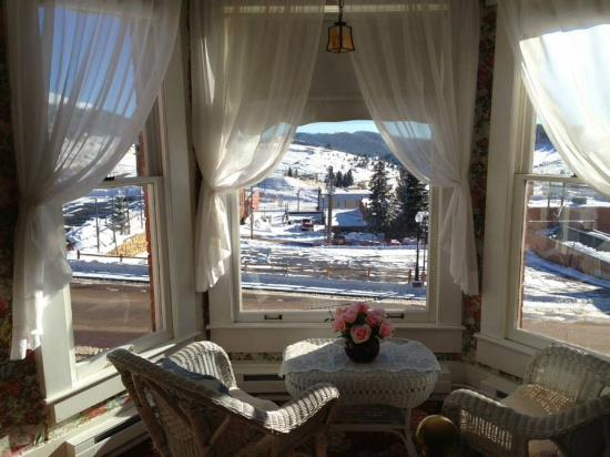 Linda Goodman's Miracle Inn: View from Goodman rm
