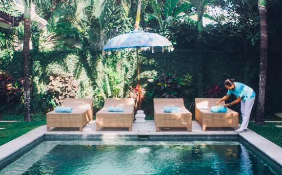 Goddess Retreats: Goddess Sanctuary Pool