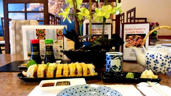 Newbury Park, Californië: The delicious Big Jimmy roll is just created by Jimmy san to you all.