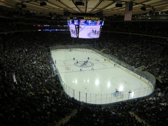photo0jpg  Picture of Madison Square Garden, New York