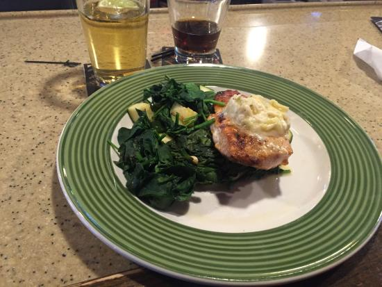 Applebee's: Salmon and spinach dinner