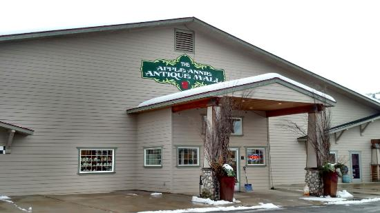 Apple Annie's Antique Gallery