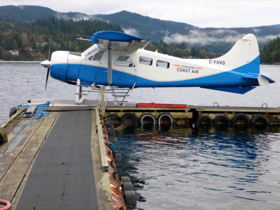 """Sechelt, Kanada: """"Our"""" 1954 Beaver float plane"""
