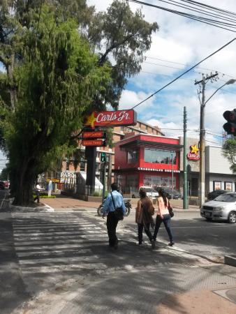 Carl's Jr. Guatemala