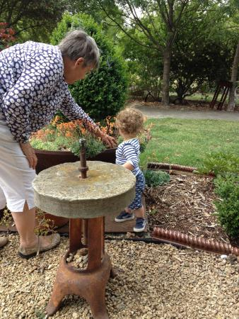 New Norfolk, Australië: Beautiful gardens and atmosphere - family friendly